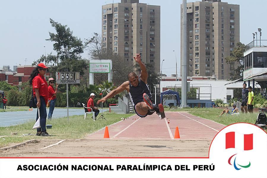 Carlos Felipa en acción