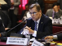 [LIMA 2019] Neuhaus y Fernández asisten este lunes al Congreso