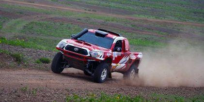 [AUTOS] Dupla Paredes-Vargas se impuso el sábado en el Rally Asia