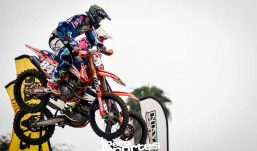 [MOTOCICLISMO] Ian y Jetro Salazar se llevan Copa Dunlop de Supercross