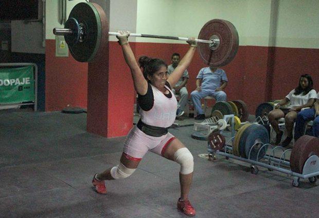 [PESAS] Stalin Rodríguez cargó más de 300 kilos en el Día 2 del Selectivo