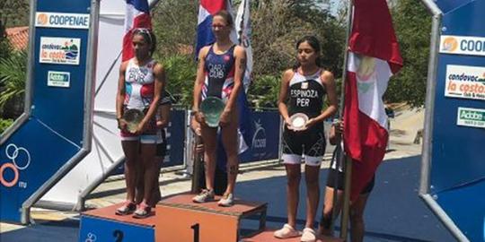 [TRIATLÓN] Naomi Espinoza sube al podio del Centroamericano Junior