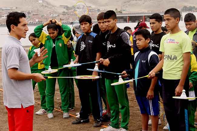 badminton escuela