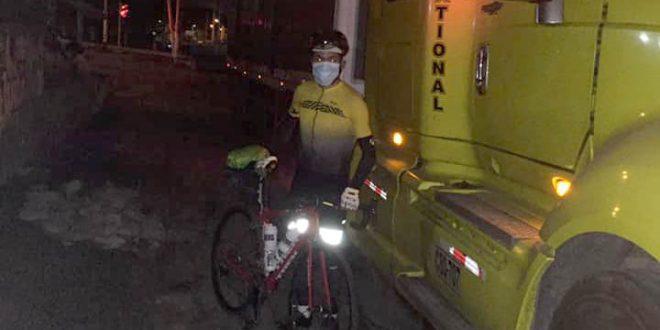 [YOMEQUEDOENCASA] Ciclista Royner Navarro llegó pedaleando a su natal Ayacucho